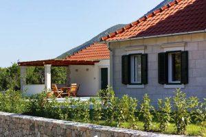Stona Villa in Dalamatian hinterland